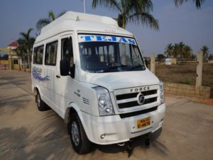 10-seater-tempo-traveller-deluxe-rental-in-bangalore