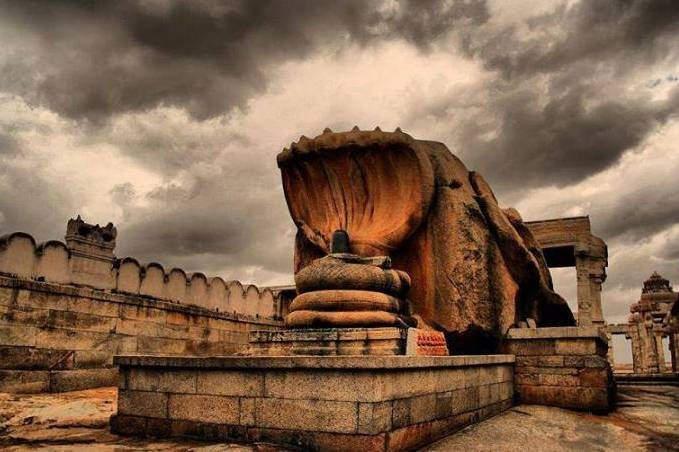 Lepakshi weekend trip from Bangalore