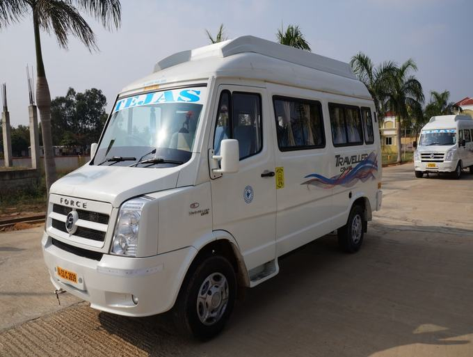 12-13-seater-deluxe-tempo-traveller-hire-in-bangalore