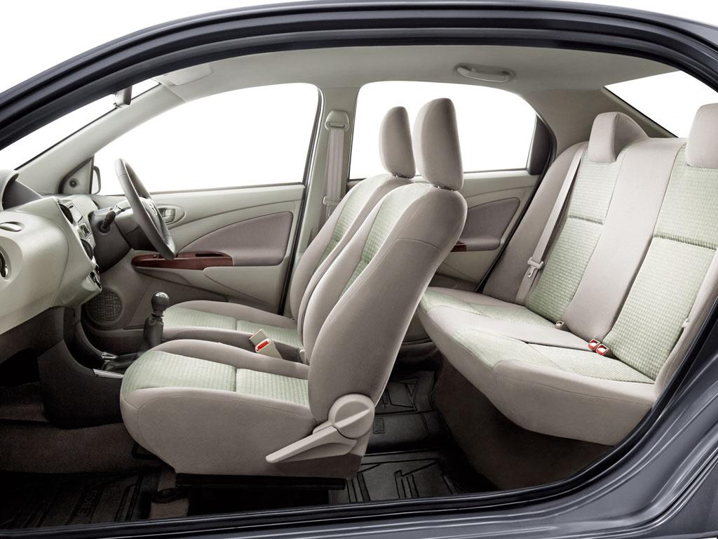 Toyota_Etios_Interior