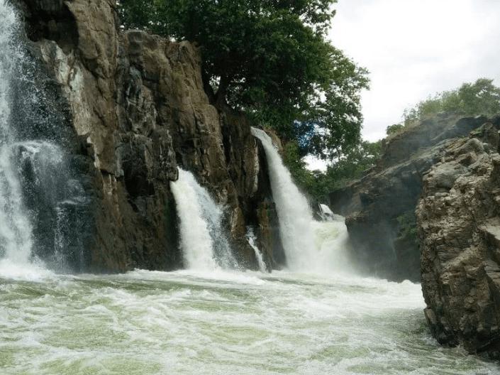 Hogenakkal Falls View