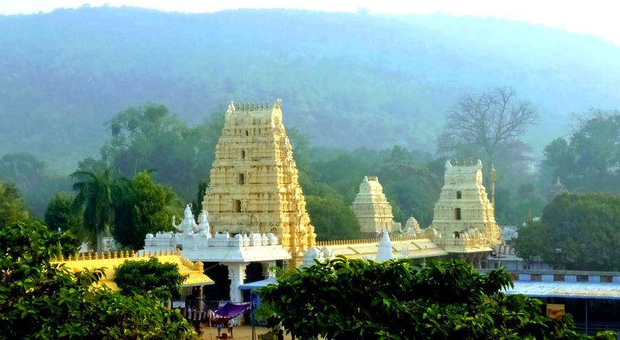 Mahanandiswara-Swamy-Temple